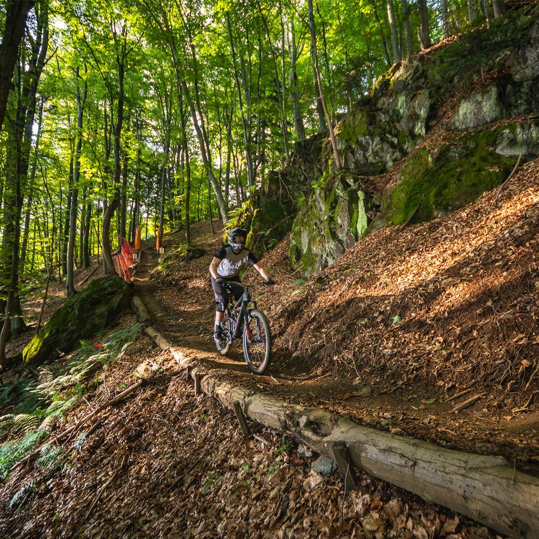 Mountain biking in Bike Park Podutik